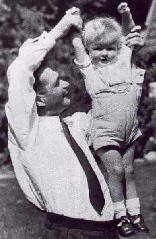 Гесс с сыном