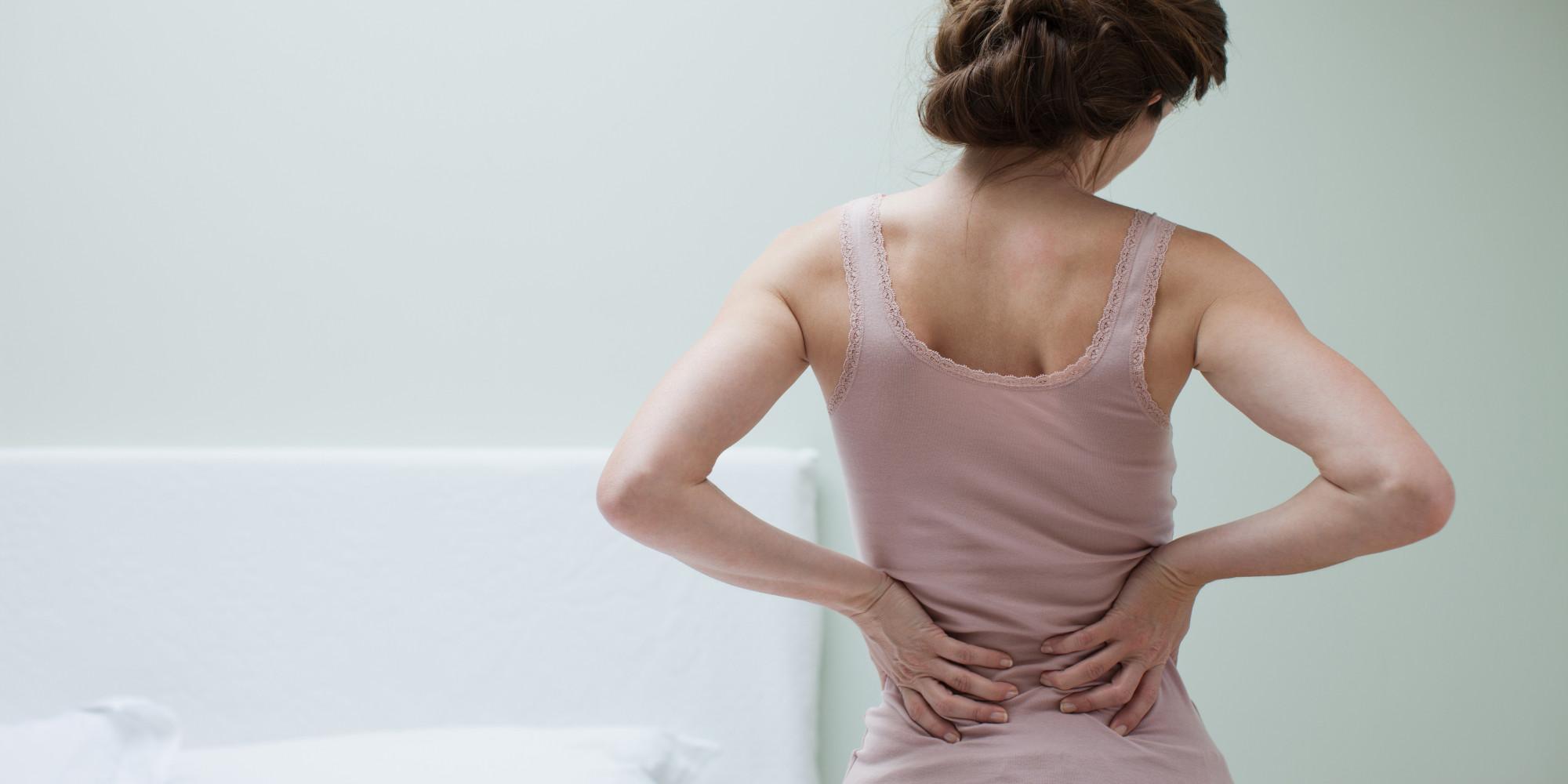 Боль в пояснице - один из первых симптомов болезни почек