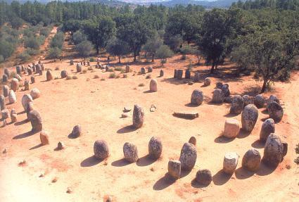 Каменный круг Альмендриш, Португалия. Предположительно, был местом проведения игр с быками ещё задолго до появления римлян на Иберийском полуострове.