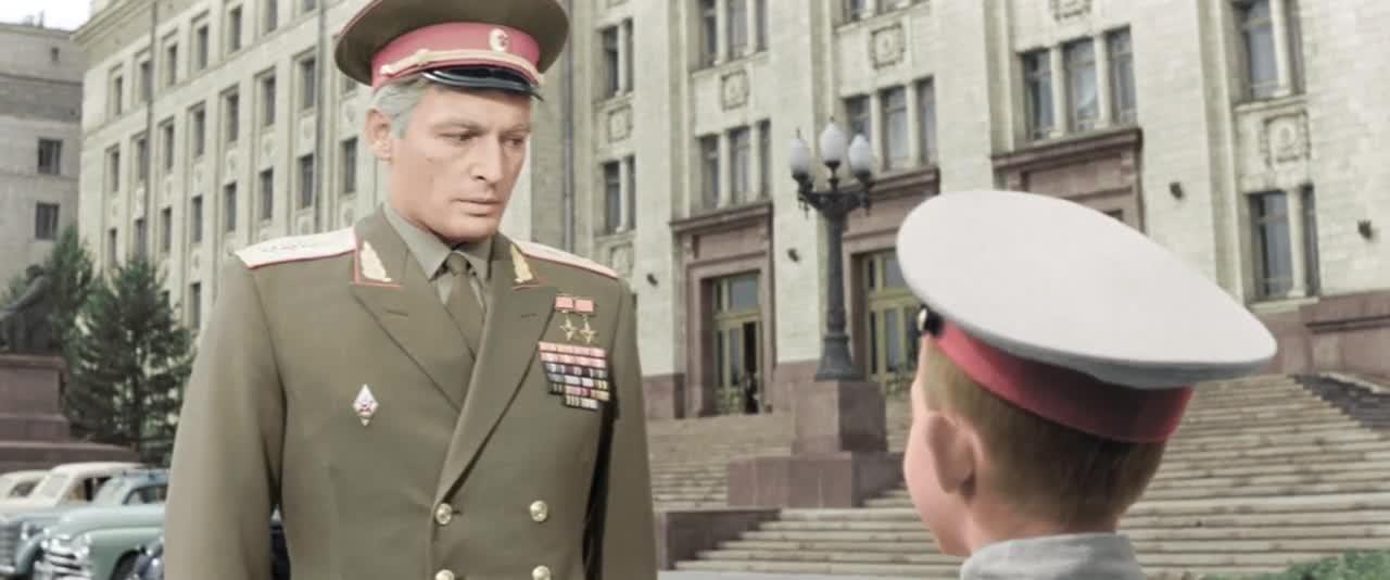"""""""Офицеры"""" кадр из фильма"""