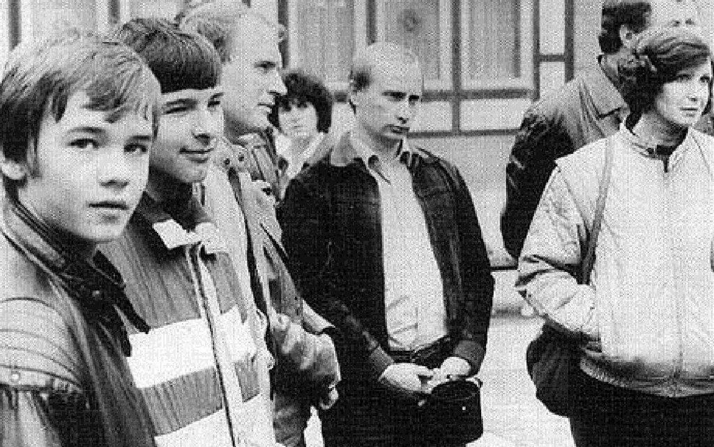 Владимир Путин в командировке в качестве сотрудника КГБ, Берлин, ГДР, 1989 год.