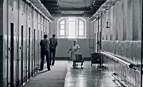 Коридор Лефортовской тюрьмы, фото советского времени