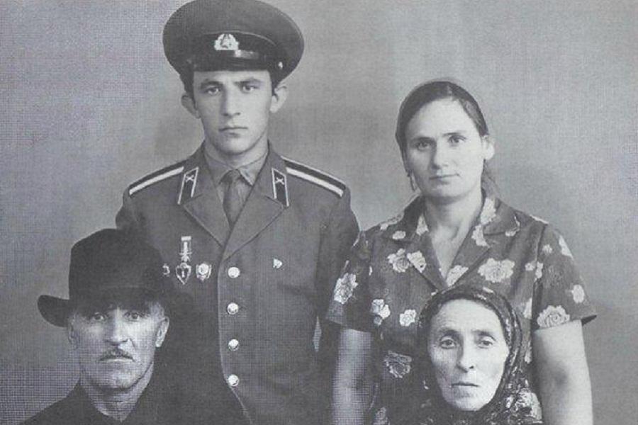Масхадов в советской армии