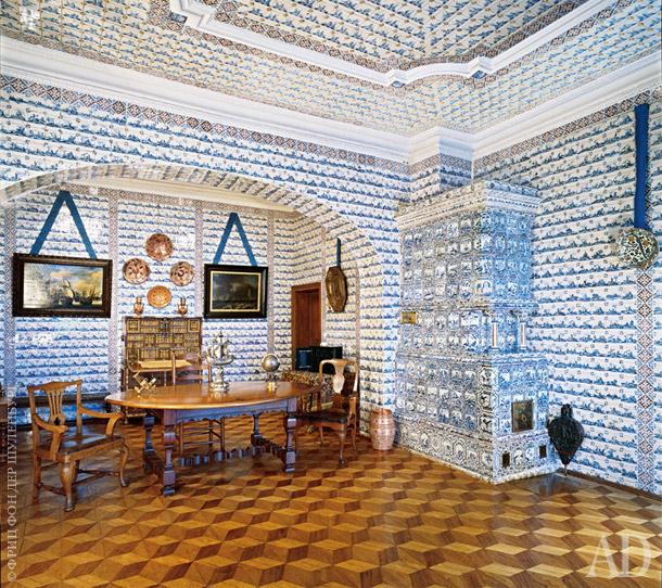 Интерьер Меншиковского дворца в Петербурге