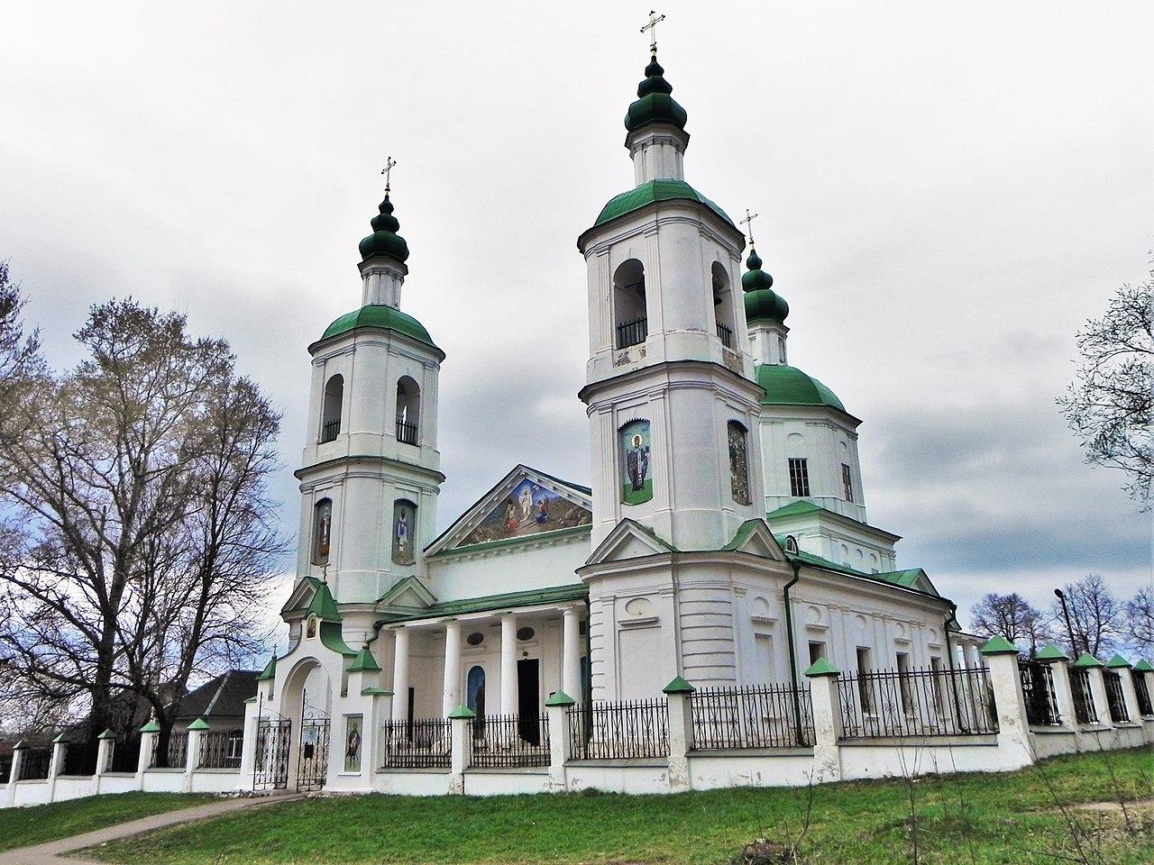 Церковь в селе Молоди