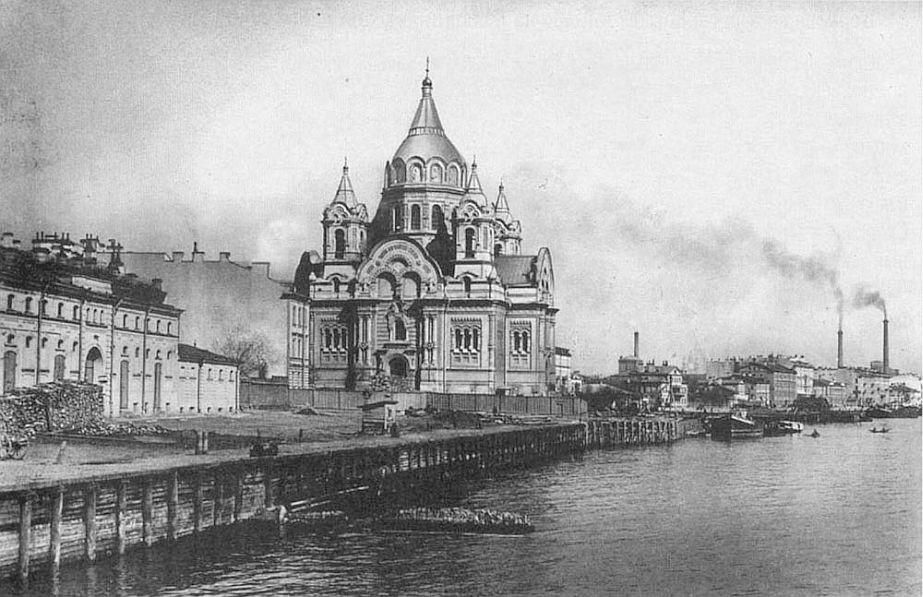 Калашниковская набережная, место, где нашли тело Анны Блюментрост