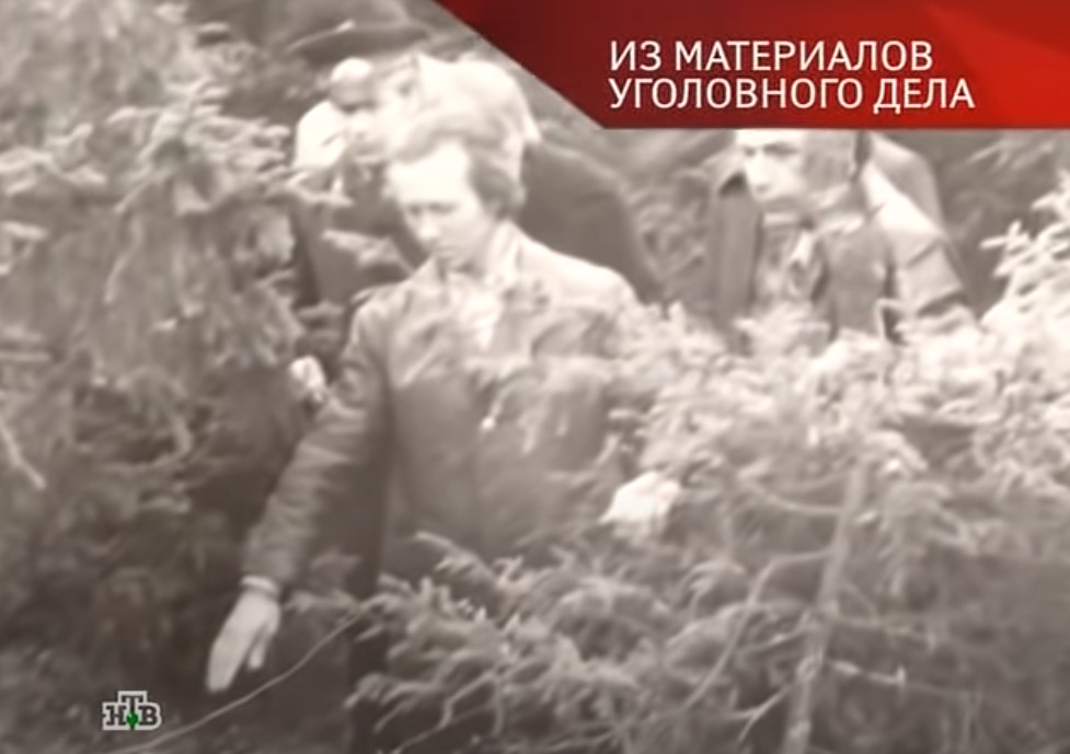 Василий Смирнов на следственном эксперименте. Фото из передачи «Следствие вели»
