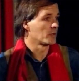 Джек Унтервегер в том самом красном шарфе