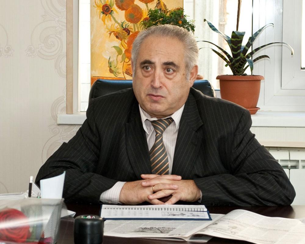 Александр Бухановский
